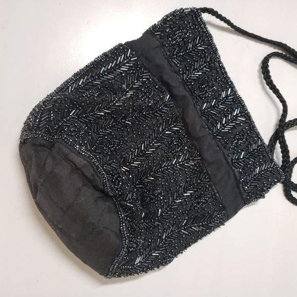 Handbags - 🛍🚨 CLOSET CLEAROUT! Beaded Satchel Bag